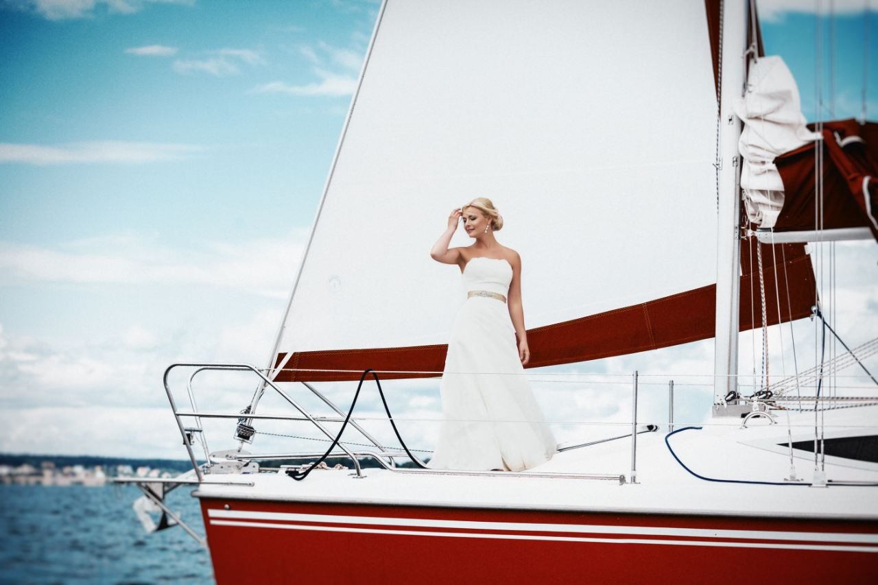 wedding-with-boat-1000×666.min (2)